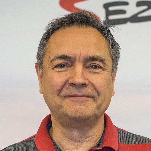 Petr Kostolník - novinář TechMagazín